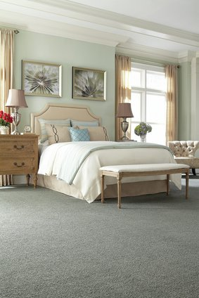 beautiful-bedroom-carpet